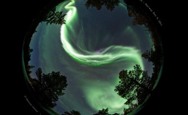Aurora_2011-12-04