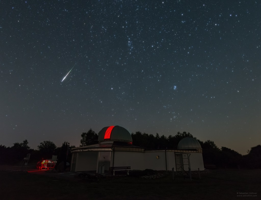 Bright Perseid meteor above the Peterberg Observatory